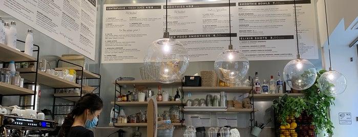 Shake Cafe is one of Locais salvos de Thomas.