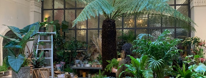 Petersham Nurseries is one of London.
