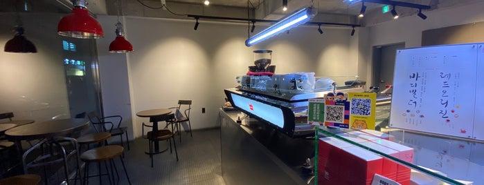 레드플랜트 is one of Seoul coffee 2019.