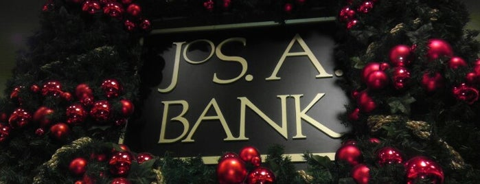 JoS. A. Bank is one of B Davidさんのお気に入りスポット.