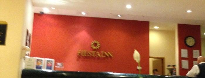 Fiesta Inn is one of Lugares favoritos de Jam.