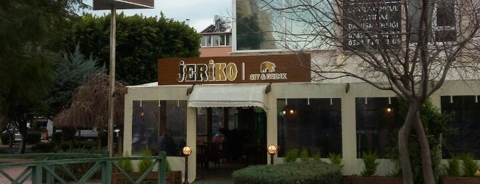 Jeriko Cafe Bar Pub is one of ANTALYA BARLAR 🍸🍹🍷🍺🍻😵🎊🎉.