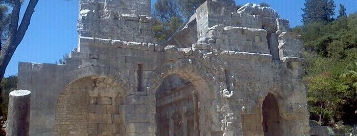 Temple de Diane is one of Escapade à Nîmes.