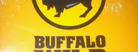 Buffalo Wild Wings is one of Tempat yang Disimpan Monika.