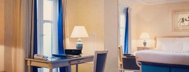 Sheraton Paris Airport Hotel & Conference Centre is one of B o n j O u r   P a r i s !.
