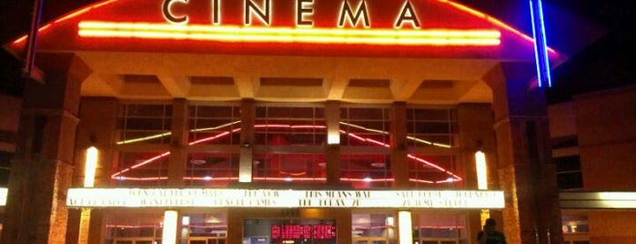 Regal Cinemas Gilbert 14 is one of Tempat yang Disukai Bob.