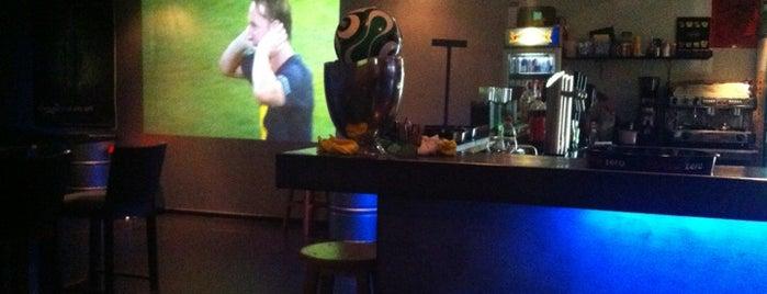 Tazota bar is one of LLN.