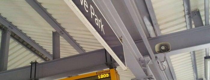 Grove Park Railway Station (GRP) is one of Lef 님이 좋아한 장소.