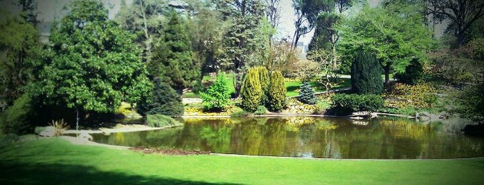 Jardin des Plantes is one of Tempat yang Disukai Elia.