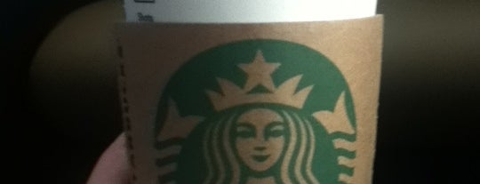 Starbucks is one of Orte, die Mei gefallen.