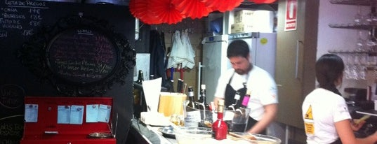 Puratasca is one of Comer de tapas por Sevilla - Best tapas in Seville.