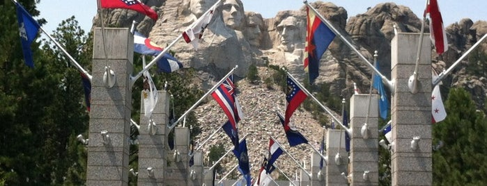 Mount Rushmore National Memorial is one of Rapid City.