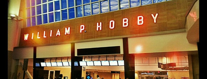 William P Hobby Airport (HOU) is one of KATIE 님이 좋아한 장소.
