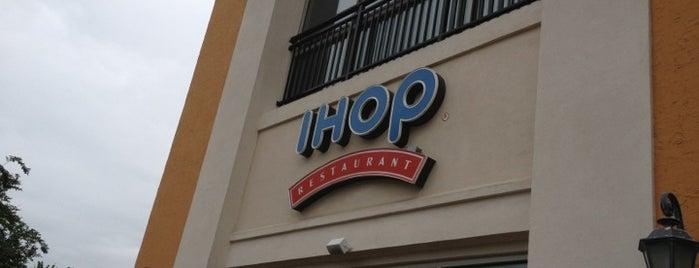 IHOP is one of Lugares favoritos de Queen Minx.