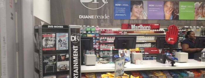 Duane Reade is one of Lieux qui ont plu à Shawn.