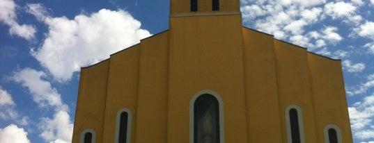 Igreja Nossa Senhora de Fátima is one of Tempat yang Disukai Igor.