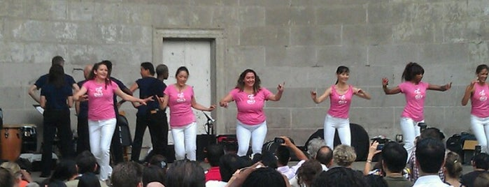 Salsa At The Bandshell is one of Locais curtidos por Russ.
