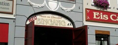 Maus-au-Chocolat is one of Tempat yang Disukai Volker.