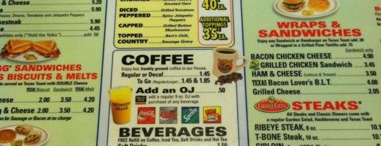 Waffle House is one of S'ın Kaydettiği Mekanlar.