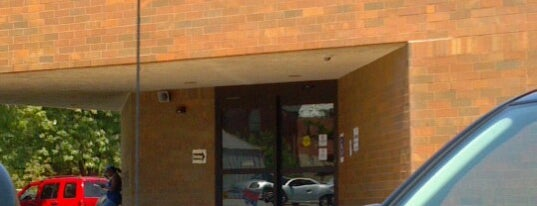 St. Louis County Library - Rock Road Branch is one of Lugares favoritos de Sarah.