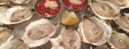 Black's Bar & Kitchen is one of District of Oysters.
