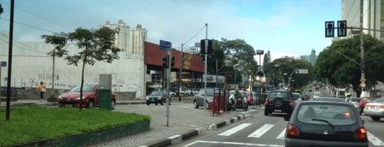 Avenida Caminho do Mar is one of สถานที่ที่ Mônica ถูกใจ.