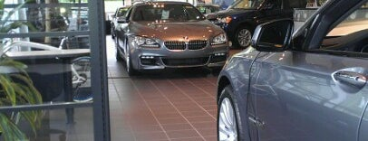 Fields BMW is one of Martyさんのお気に入りスポット.