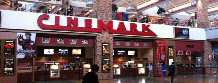 Cinemark is one of Locais curtidos por Jennifer.