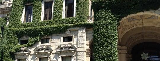 Villa Erba is one of Tempat yang Disimpan Orietta.