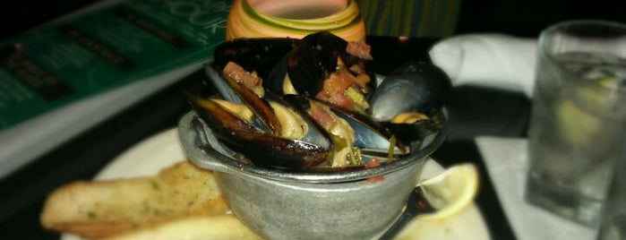 Chart House Restaurant is one of David & Dana's LA BAR & EATS!.