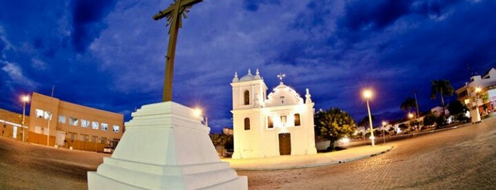 Igreja Nossa Senhora do Rosário is one of Lugares favoritos de Fernando.