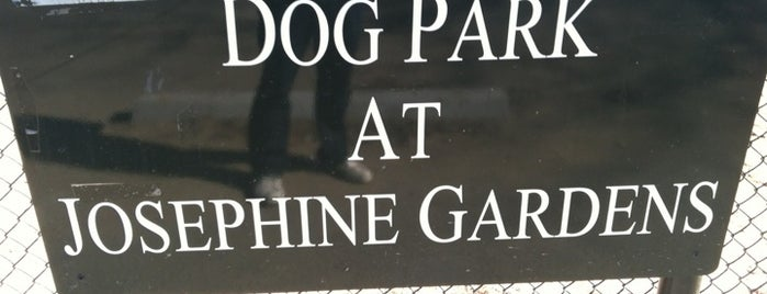 Josephine Gardens Dog Park is one of Ike 님이 저장한 장소.