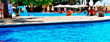 Kemer Holiday Club is one of Posti che sono piaciuti a Ayşegul.