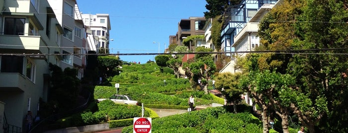 Lombard Street is one of Trips / San Francisco, CA, USA.