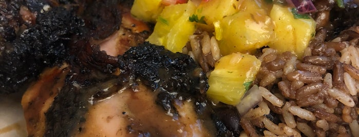 Tings Jamaican Jerk Chicken is one of Posti che sono piaciuti a Devonta.