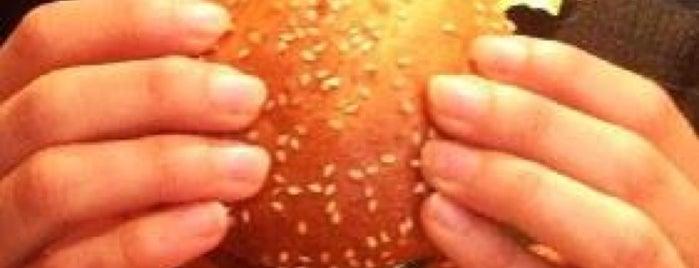 Hank Burger is one of Paris for foodies.