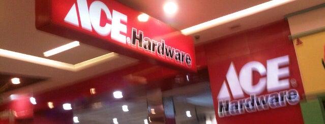 ACE Hardware is one of Orte, die Sari gefallen.