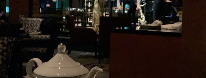 The Ritz-Carlton The Lobby Lounge & Bar is one of Ashley 님이 좋아한 장소.