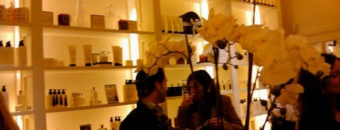 Roses are Roses is one of Locais salvos de Agos.