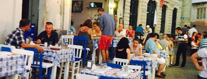 Çeşme Balıkçısı Tektekcii Meyhanesi is one of Posti salvati di Emre.