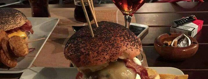 Ham Holy Burger is one of Pappa a Roma!!! (Pub).