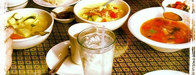 Thai Papaya Cuisine is one of Extranjia.