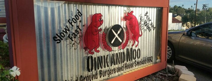 Oink and Moo Burgers and BBQ is one of สถานที่ที่ L.D ถูกใจ.