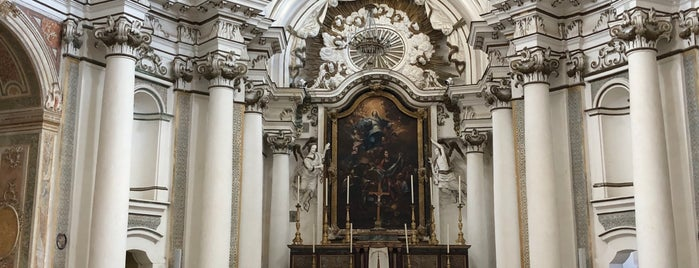 Chiesa di Santa Chiara is one of Lugares favoritos de Marina.