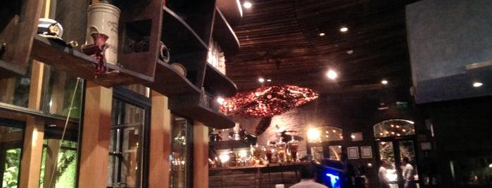 Aquí está Coco Restaurante is one of #SantiagoTrip.