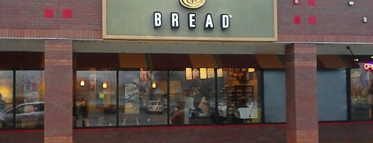 Panera Bread is one of Lieux qui ont plu à Josh.
