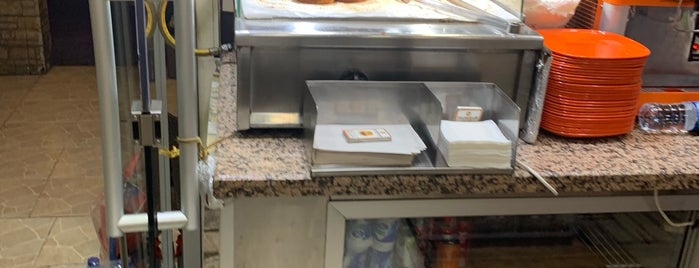 Taksim Hamburger is one of สถานที่ที่ Op Dr ถูกใจ.
