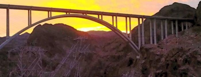 Hoover Dam Lookout is one of LL'ın Beğendiği Mekanlar.