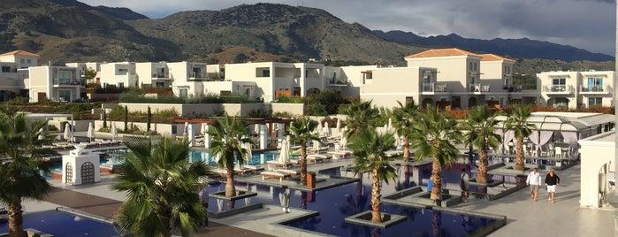 Anemos Luxury Grand Resort is one of Lugares favoritos de Ketil.