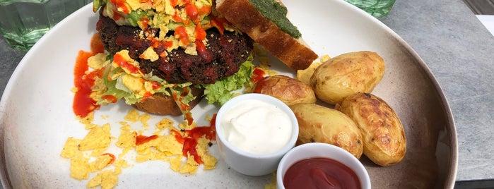 Tilstede mat og mer is one of Lugares favoritos de Ketil.